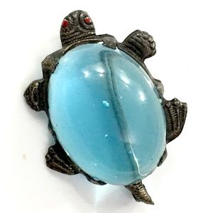 Baby Blue Bellied Turtle Pin